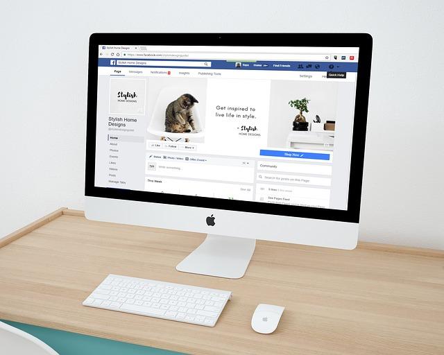 komputer facebook - FB