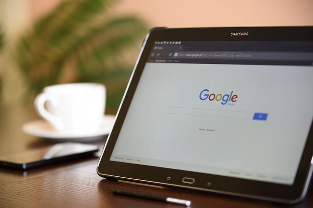 Wyszukiwanie informacji w Google